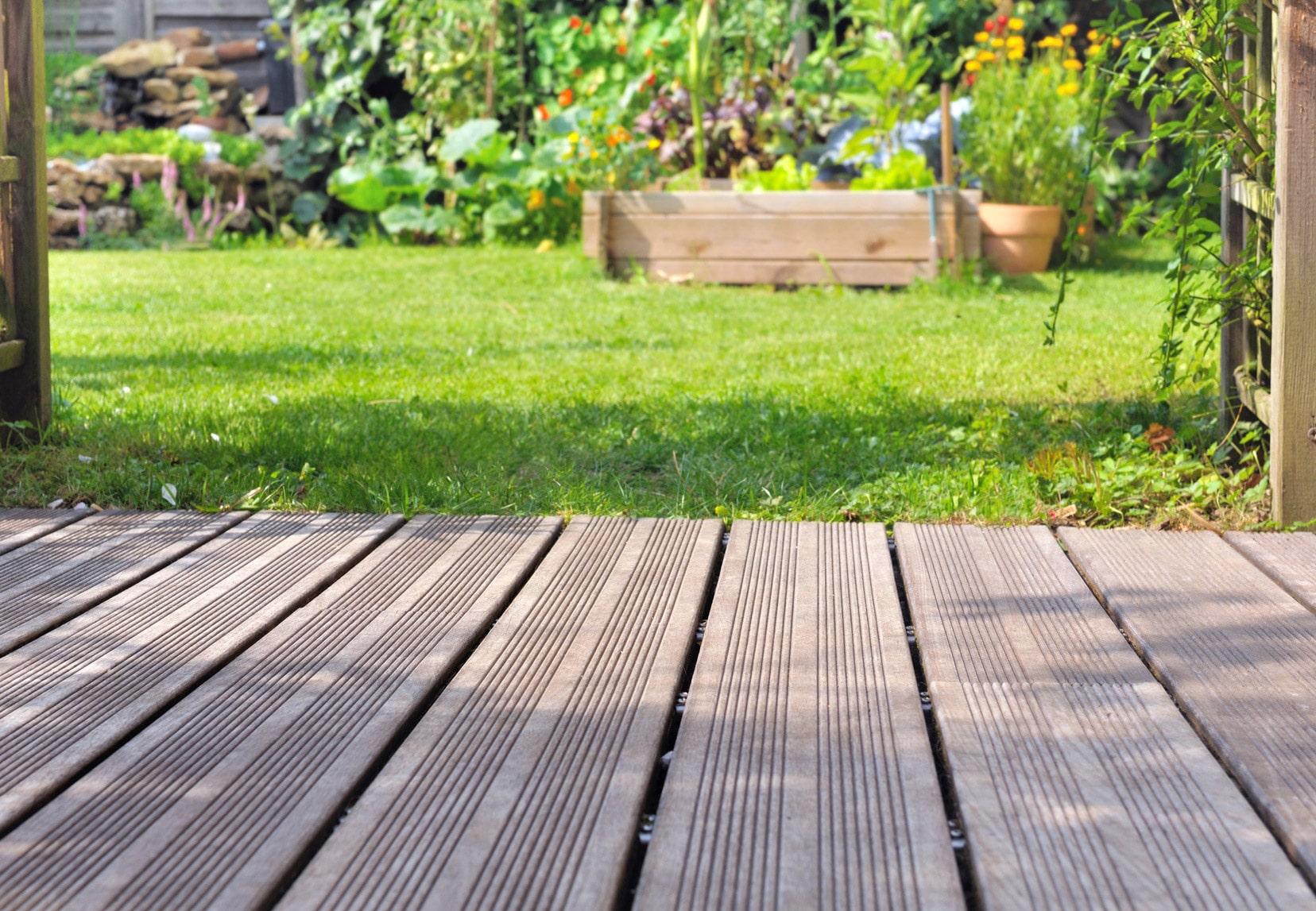 Nettoyage Dalle Piscine Javel comment nettoyer les terrasses ? nos conseils